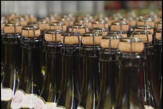 Consumidores e vendedores de bebidas de Uberlândia avaliam nova tributação para segmento - Governo Federal anunciou um novo modelo de tributação para bebidas e espera que imposto gere maior arrecadação.