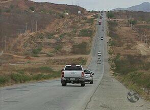 Motoristas reclamam de rodovia não duplicada entre Toritama e Pão de Açúcar - Gestor Regional do DER afirmou que o projeto da duplicação sofreu alterações.