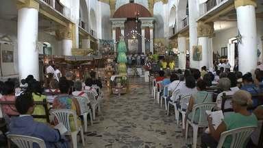 Missa é celebrada contra redução da maioridade penal - Pastoral do Menor coordenou cerimônia que lembra crianças assassinadas a pedido do Rei Heródes.