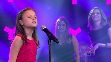 Rafa Gomes canta 'História de Uma Gata' na Audição do The Voice Kids - Cantora de 10 anos se apresenta pela primeira vez no reality