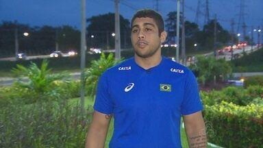 Amazonense Paulo Victor tem viaja marcada para treinar com a Seleção de Luta Olímpica - Seleção Brasileira de Luta está treinando no Rio de Janeiro.