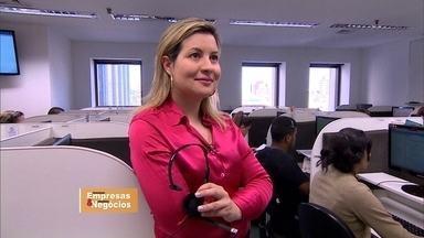 Ex-atendente de telemarketing cria rede de franquias na área de educação - Durante cinco anos, a empresária juntou R$ 1.000 por mês e abriu seu negócio de sucesso.