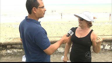 Turista é assaltada por cinco homens de bicicleta na orla de JP - Assalto aconteceu na praia de Manaíra, neste domingo.
