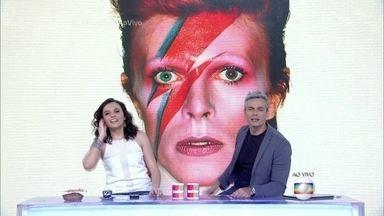 Monica Iozzi e Otaviano Costa dedicam programa a David Bowie - Cantor morreu em 10/01/2016 aos 69 anos