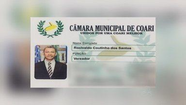 Vereador é preso suspeito de estupro a adolescente em Coari, no Amazonas - Segundo delegada, político e jovem de 12 anos mantinham relacionamento.Vereador já era alvo de inquérito por estupro.