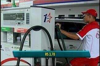 Reajuste no preço dos combustíveis em Araxá aproxima gasolina de R$ 4 o litro - Consumidor já sente no bolso o aumento que deve contribuir com a inflação no mês de janeiro.