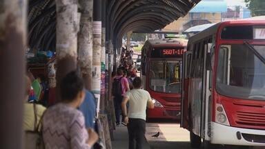 PM é esfaqueado durante tentativa de roubo em ônibus, em Manaus - Policial ainda atingiu assaltante com tiros,