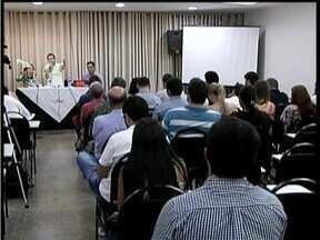 Audiência Pública é realizada para discutir a situação do aterro sanitário de Valadares - A construção de um novo aterro é debatida.