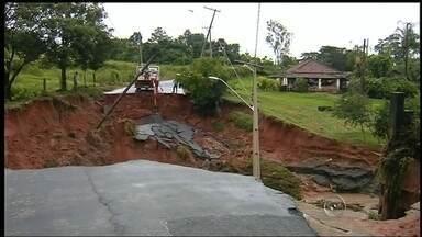 Santa Maria da Serra é atingida tem consequencias da chuva - Além das outras cidades da região, Santa Maria da Serra também foi atingida pelas chuvas desta semana.
