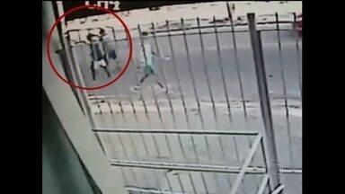 Mãe entrega o filho que matou um médico em Irajá - O menor e um comparsa atacaram o médico para roubar o carro dele.