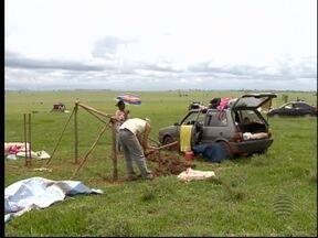 Famílias da FNL permanecem em fazenda invadida - Advogado já pediu reintegração de posse.