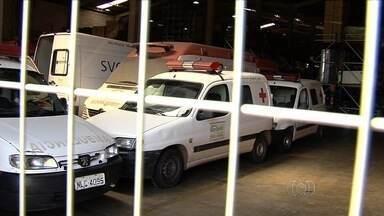 Secretaria de Saúde define prazo para solucionar falta de ambulâncias em Goiânia - Longa burocracia faz com que veículos fiquem muito tempo na oficina a espera de manutenção.