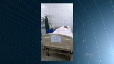 Idosa de 90 anos espera por vaga de UTI, em Goiânia - Paciente tem problema de coração. Família vive momentos de preocupação em busca de um leito.