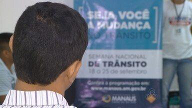 Motoristas infratores assistem palestra como pena alternativa, em Manaus - Palestra do Manaustrans aconteceu no Fórum Henoch Reis
