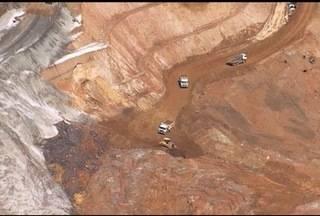 Documento aponta que a Samarco sabia desde 2013 que barragem corria risco - Avançam as investigações sobre o que pode ter causado o maior desastre ambiental do Brasil.
