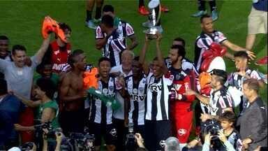 Em clima de revanche, Atlético-MG bate Corinthians e conquista o Torneio da Flórida - Times disputaram o título do Brasileiro em 2015, na ocasião os paulistas levaram a melhor