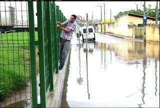 Chuva causa transtornos em ruas com falta de drenagem nas duas maiores cidades do Cariri - Confira a reportagem.