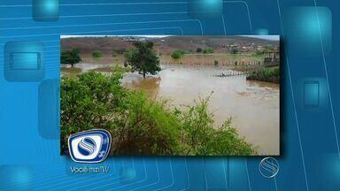 Chuva provoca alagamentos no interior de Sergipe - Chuva provoca alagamentos no interior de Sergipe.