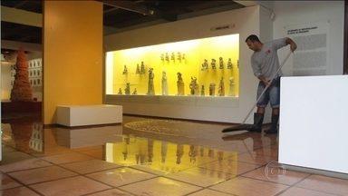 Alagamentos ameaçam o Museu Casa do Pontal, no Rio - Há dois anos, o Bom Dia Brasil mostrou o risco que o Museu Casa do Pontal corria. Desde então, pouca coisa mudou. O espaço voltou a inundar após a chuva.