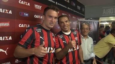 Vitória apresenta dois novos reforços para a temporada - Confira as notícias do rubro-negro baiano.