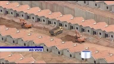 Faz quatro anos que o Pinheirinho foi desocupado - Vancop sobrevoa terreno que vai receber um residencial para abrigar as famílias.