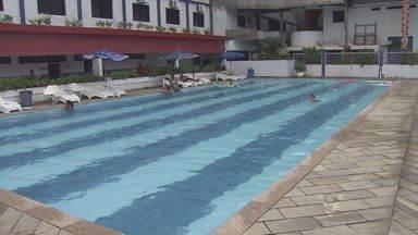 Colônias de férias de Praia Grande estão lotadas de turistas - Com sol ou chuva, eles não perdem um fim de semana para aproveitar a praia e a cidade.