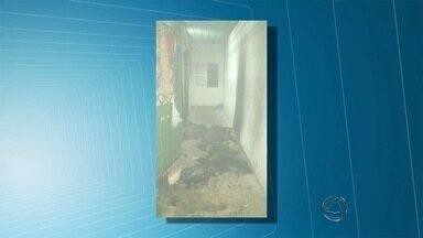 Internos da Unei de Corumbá colocam fogo em colchões e roupas - Depois de uma hora de rebelião, os internos foram encaminhados para a delegacia da cidade.