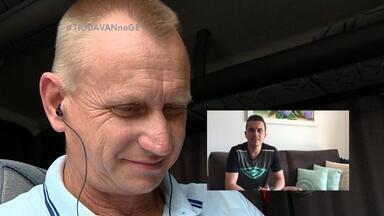 'Tio da van' recebe homenagem de Alisson, Grohe e Muriel - Assista ao vídeo.
