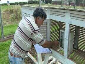 Iapar testa estação meteorológica automática - Até agora as medições do Instituto Agronômico do Paraná faz as medições manualmente. Mas já está em fase de testes uma estação automática para coletar as informações do tempo.