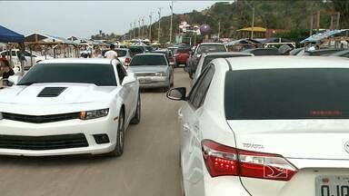 Com falta de fiscalização, motoristas cometem várias infrações em praias de São Luís - Com falta de fiscalização nos fins de semana, motoristas cometem várias infrações em praias de São Luís.