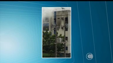 Incêndio atinge apartamento na Zona Leste de Teresina - Incêndio atinge apartamento na Zona Leste de Teresina