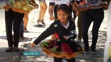 Conheça os imigrantes bolivianos que escolheram SP para morar - A comunidade tomou conta de uma rua no Brás. O lugar hoje em dia é conhecido como a 'Rua dos Bolivianos'. A reportagem faz parte da série do BDSP sobre os novos paulistanos, pessoas que vieram de longe para morar na capital.