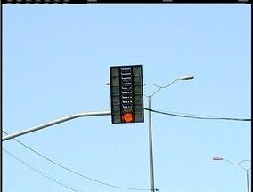 Novos semáforos foram instalados em Macaé - Eles estão próximos ao condomínio Bosque Azul.