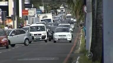 Aumenta número de furtos e roubos em Marília - O número de furtos e roubos, aumentou em Marília no ano passado. O balanço foi divulgado pela secretaria de segurança do estado. Essa sensação de insegurança causa medo em quem trabalha no comércio.