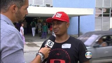 Acordou do coma o menino Kaíke, que levou um choque na estação do BRT. - O pai de Kaíke, emocionado, contou que ele acordou nessa madrugada e está melhor.