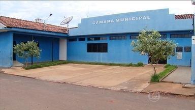 Todos os vereadores de cidade em MG são presos por desvio de dinheiro - Centralina, no Triângulo Mineiro, de pouco mais de 10 mil habitantes, está sem nenhum vereador. Todos foram presos por desvio de dinheiro público.