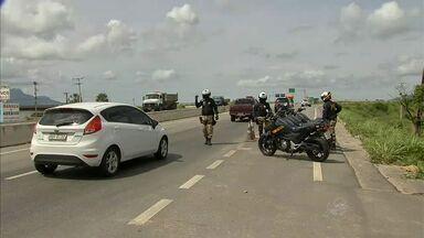 Principais estradas do Ceará devem receber fluxo diário de 150 mil carros no Carnaval - Principais estradas do Ceará devem receber fluxo diário de 150 mil carros no Carnaval