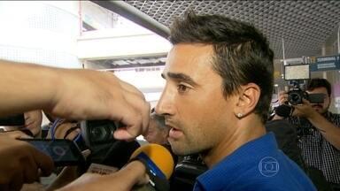 Salgueiro chega ao Botafogo e quer manter bom retrospecto de uruguaios no clube - Na Libertadores de 2013, atacante foi carrasco do Fluminense.