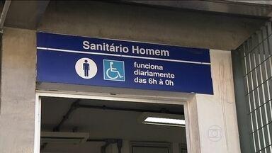 Banheiros da Linha-azul do Metrô podem ficar fechados por muito tempo - Isso se a segunda colocada na licitação não quiser assumir o serviço. Dona da empresa Higilimp, que abandonou os funcionários, ainda é procurada