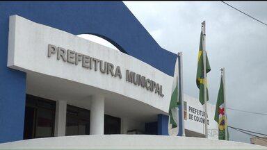 Ministério Público pede a intervenção do Estado em Colombo - A prefeitura foi denunciada por não cumprir uma ordem judicial, que determinava que parentes de pessoas ligadas à administração municipal fossem exoneradas de cargos em comissão.