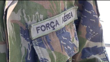 Aeronáutica combate o mosquito da dengue - Soldados da Força Aérea estão em Paranaguá para ajudar a combater focos do mosquito da dengue.