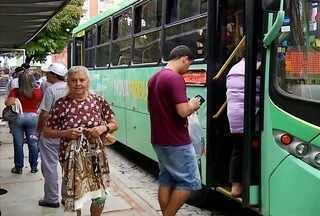 Passageiros reclamam de dificuldades durante obras na rodoviária de Nova Friburgo, no RJ - Reclamações abrangem até a integração nos ônibus.