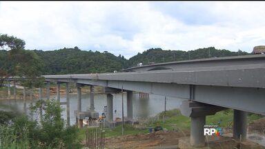 Liberado tráfego em ponte sobre represa do Capivari - Entrega da obra deve causar menos transtornos para quem vai a São Paulo pela BR-116.