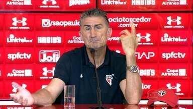Edgardo Bauza esquece o 6 a 1 para comandar o São Paulo contra o Corinthians - É o primeiro clássico do argentino no comando do Tricolor