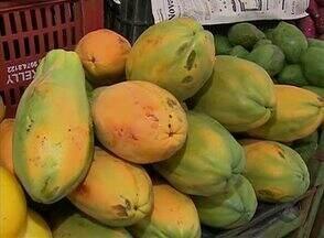 Frutas com vitamina C ajudam na recuperação de viroses - Frutas da época com a vitamina podem ser encontradas nas feiras livres.