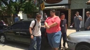 Homem é preso por venda ilegal de ingressos da Sapucaí - Carlos Hassum é irmão do humorista Leandro Hassum e vai responder por estelionato