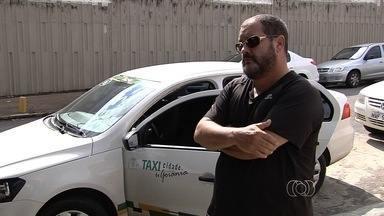 Taxistas reclamam da falta de segurança enquanto trabalham, em Goiânia - Eles afirmam que só no último fim de semana foram dez casos de assaltos na Região Metropolitana da capital.