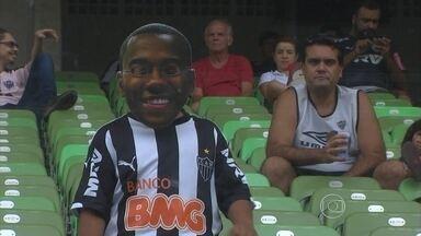 Contagem regressiva para a estreia de Robinho com a camisa do Atlético-MG - Atacante vai jogar pela primeira vez pelo Atlético-MG nesta quarta-feira, contra o Independiente del Valle, pela Libertadores