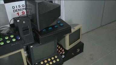Polícia apreende máquinas de jogos de azar em Campina Grande - Ação policial aconteceu no Centro da cidade