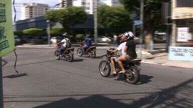 Cresce número de acidentes com mortes envolvendo motocicletas - Cresce número de acidentes com mortes envolvendo motocicletas